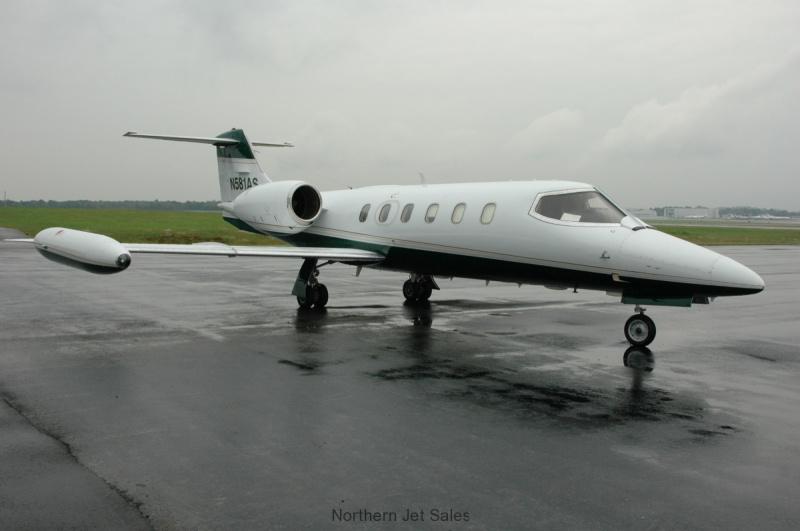 plane0211